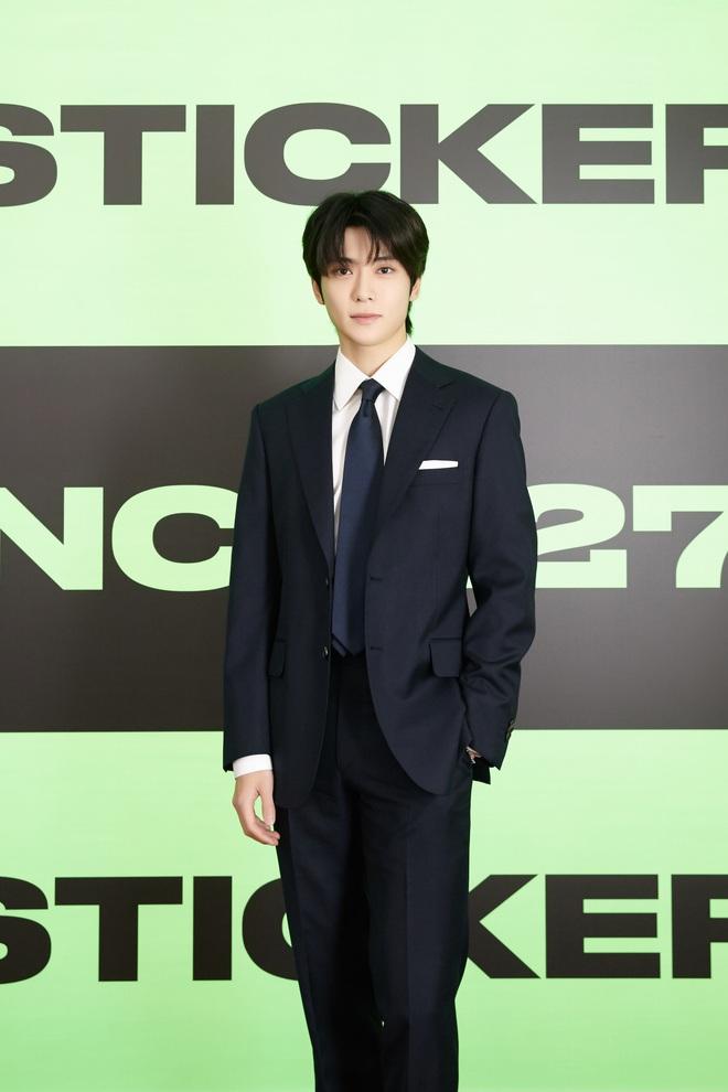 NCT 127 chiêu đãi cả bữa tiệc visual nhưng vẫn có 1 đặc sản khiến netizen phải hoang mang - ảnh 11