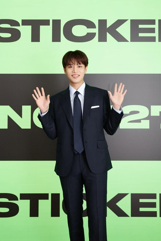 NCT 127 chiêu đãi cả bữa tiệc visual nhưng vẫn có 1 đặc sản khiến netizen phải hoang mang - ảnh 15