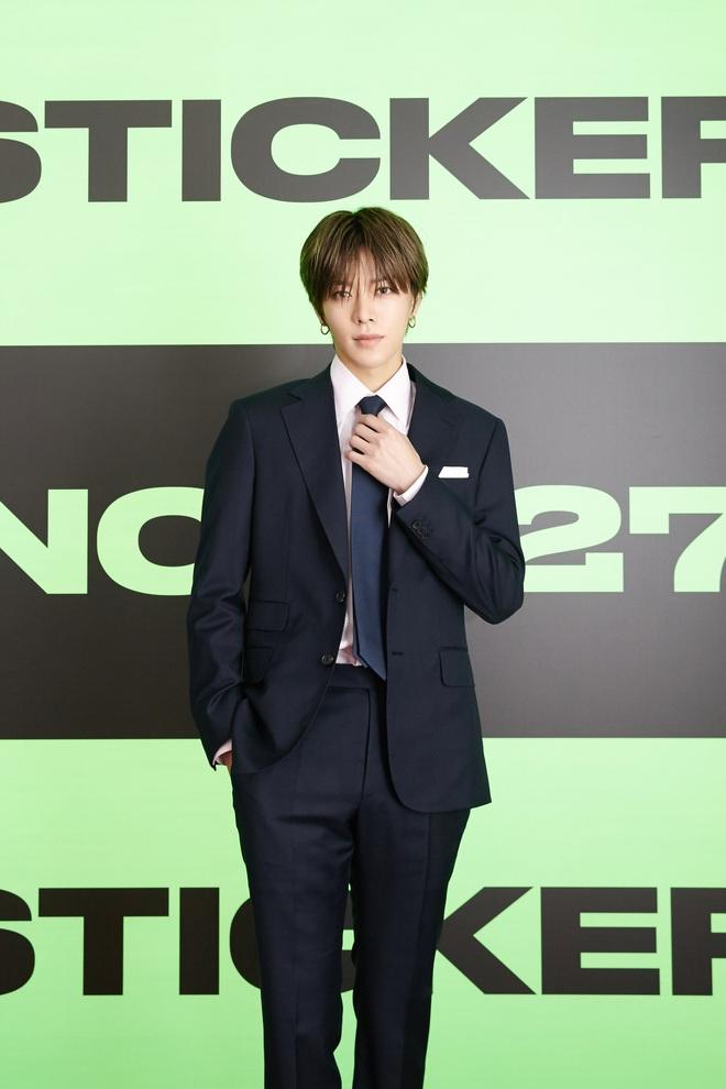 NCT 127 chiêu đãi cả bữa tiệc visual nhưng vẫn có 1 đặc sản khiến netizen phải hoang mang - ảnh 14
