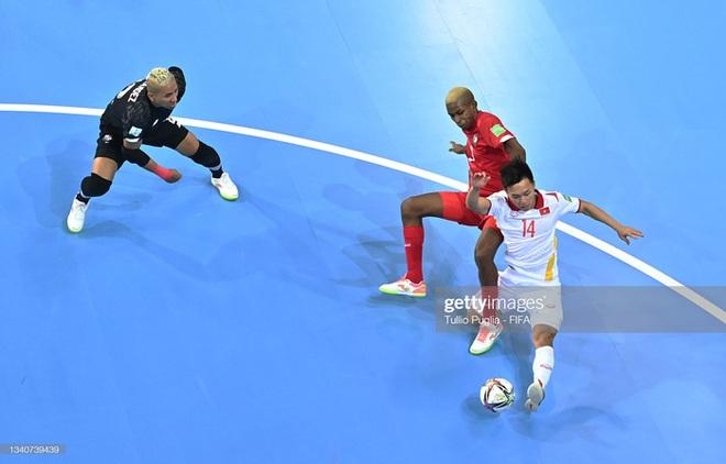 Cầu thủ sinh năm 1998 tung cú sút mang về 500 triệu cho tuyển futsal Việt Nam, và mở ra cơ hội tiến xa tại World Cup 2021 - ảnh 2