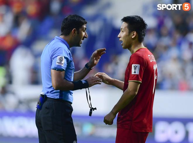 Tổ trọng tài người UAE bắt trận Trung Quốc đấu Việt Nam - ảnh 1