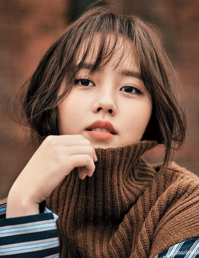 Trận chiến gần 10 năm không dứt trên màn ảnh Hàn: Chọn ai giữa Kim Yoo Jung và Kim So Hyun? - ảnh 1