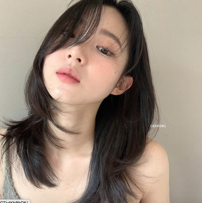 Tip hay từ stylist Hàn: Muốn biết mình hợp nhuộm tóc tối hay sáng màu, hãy xét dáng mặt - ảnh 1