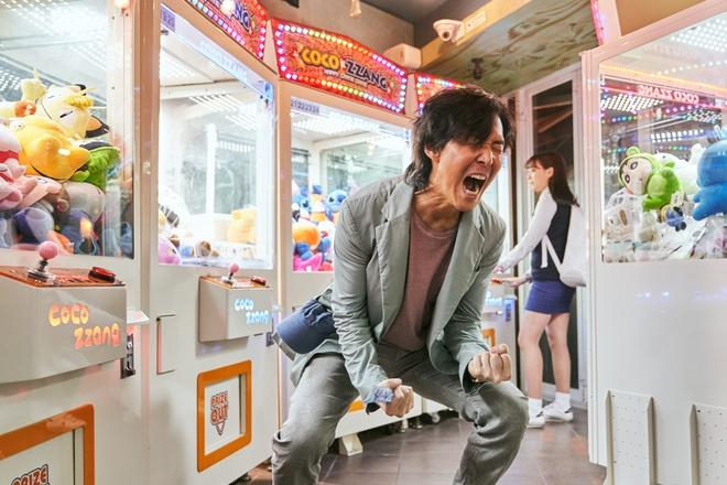 Bom tấn sinh tồn Hàn của Netflix ra mắt số điểm quá ổn áp, ông hoàng phim hành động Lee Jung Jae gửi lời chào khán giả Việt - ảnh 5