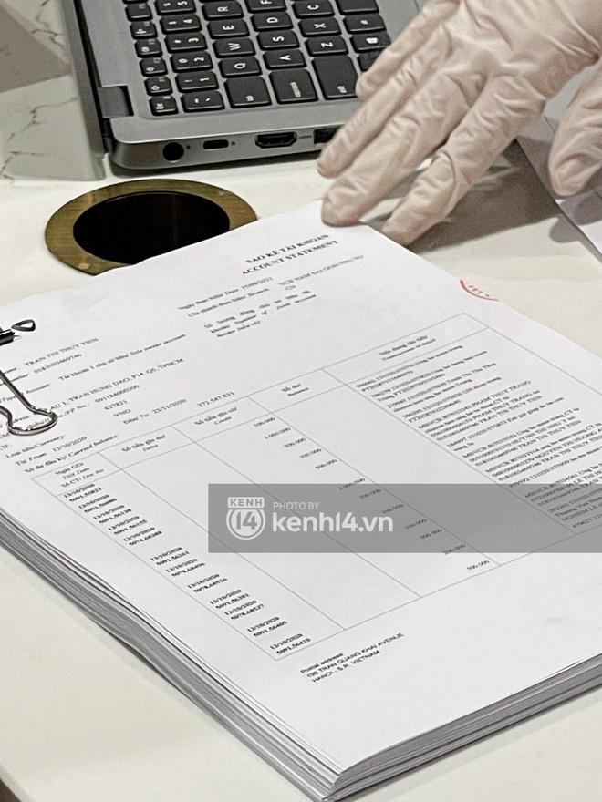 Chùm ảnh ĐỘC QUYỀN: Tất tần tật quá trình Thuỷ Tiên - Công Vinh làm thủ tục với 18.000 văn bản sao kê 177 tỷ trong ngân hàng! - ảnh 5