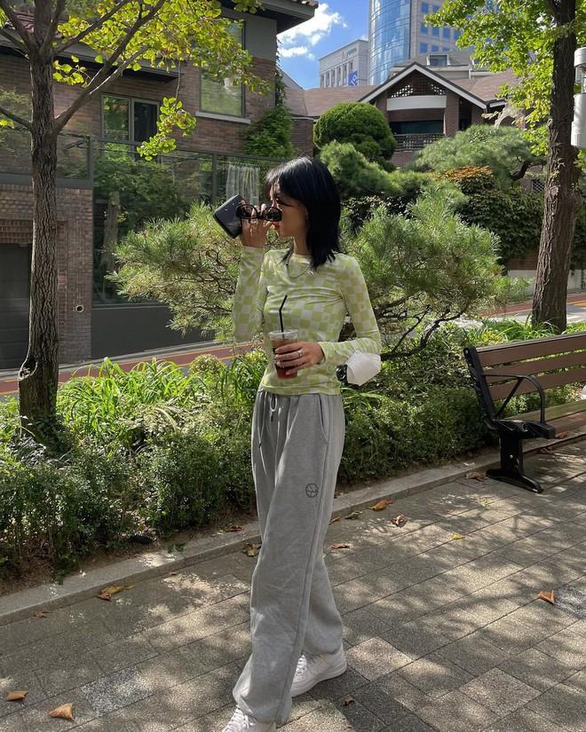 Gái Hàn lên đồ mùa thu trông yêu thế, biến tấu đa dạng với đủ loại trang phục nhìn mà ưng cái bụng - ảnh 10