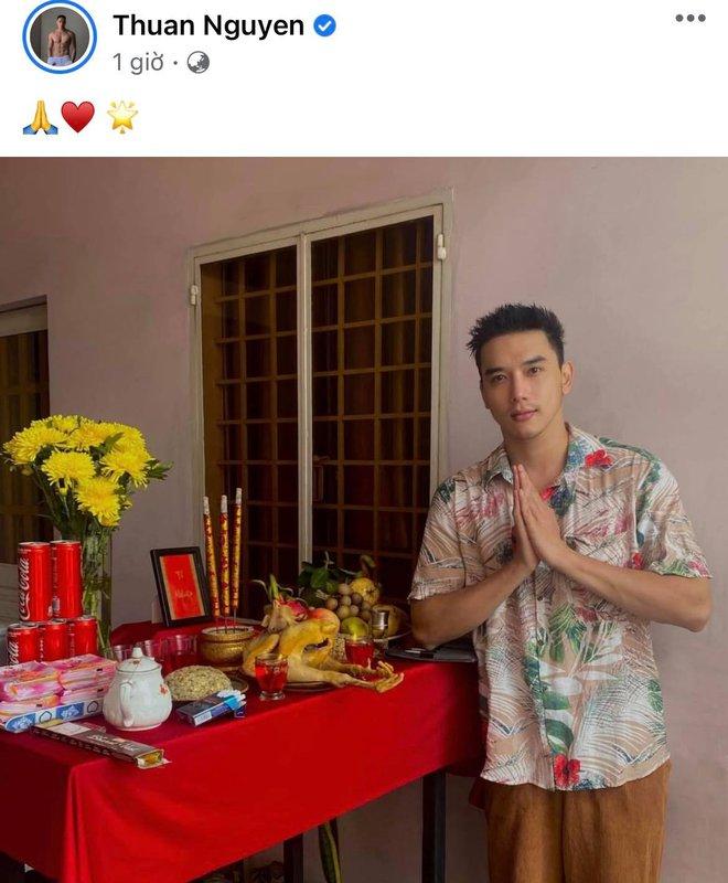 Showbiz Việt ngày Giỗ tổ sân khấu: Lý Hải - Khánh Vân và dàn sao Việt dâng lễ tại gia, Nam Thư muốn khóc vì tủi thân - ảnh 7