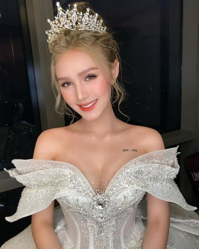 Ảnh Xoài Non làm cô dâu lại gây sốt diện rộng, giờ ngắm lại loạt váy cưới đỉnh cao vẫn thấy đẹp mê li - ảnh 9