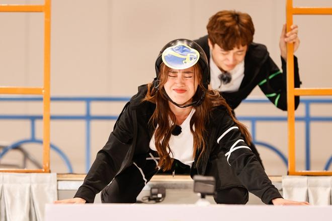 Teaser nóng Running Man tập 1: Trường Giang thành con mồi bị truy sát, Karik vắng mặt hoàn toàn? - ảnh 4