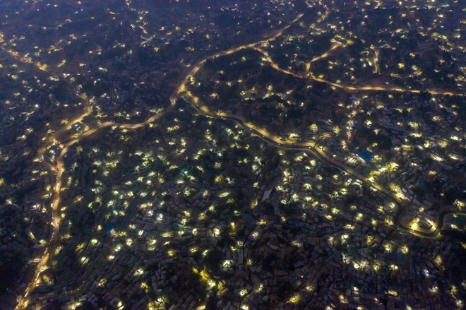 Vẻ đẹp ngoạn mục của những bức ảnh chụp từ máy bay không người lái - ảnh 3