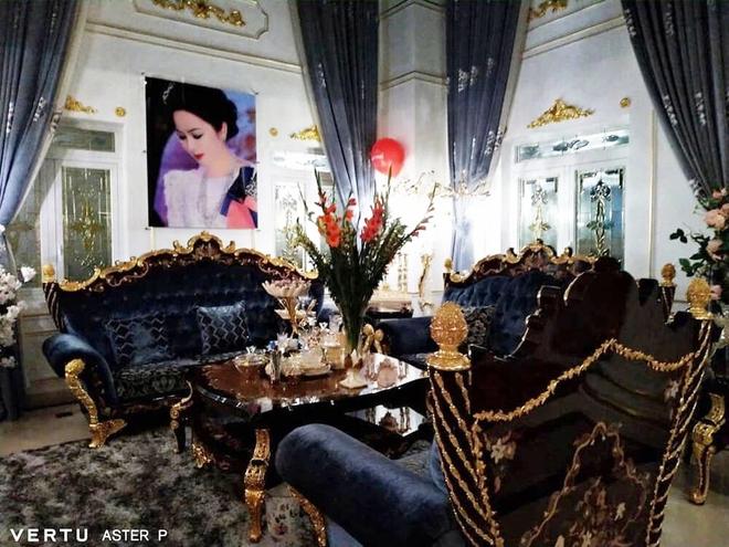 Tour tham quan phòng khách của giới siêu giàu: Không dát vàng lấp lánh cũng rộng thênh thang, đi trong nhà loá mắt mỏi chân phải biết... - ảnh 5