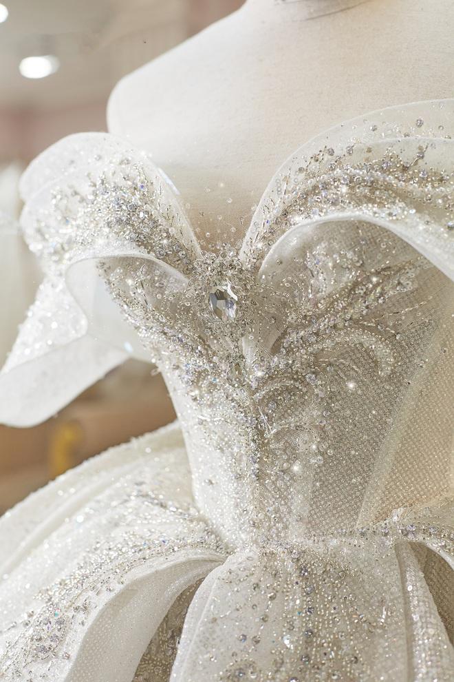Ảnh Xoài Non làm cô dâu lại gây sốt diện rộng, giờ ngắm lại loạt váy cưới đỉnh cao vẫn thấy đẹp mê li - ảnh 7