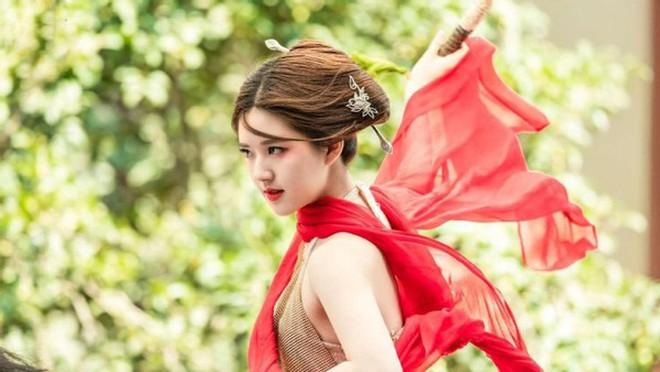 Bạch Lộc, Nhiệt Ba, Bành Tiểu Nhiễm... loạt mỹ nhân sinh ra để mặc y phục đỏ, ai nấy đều đẹp tới nao lòng - ảnh 20