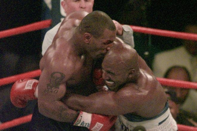 Đêm điên rồ tiêu hết 26 tỷ của Mike Tyson trước ngày cắn tai Evander Holyfield và nét hoang dại trong con người Tay đấm thép - ảnh 3