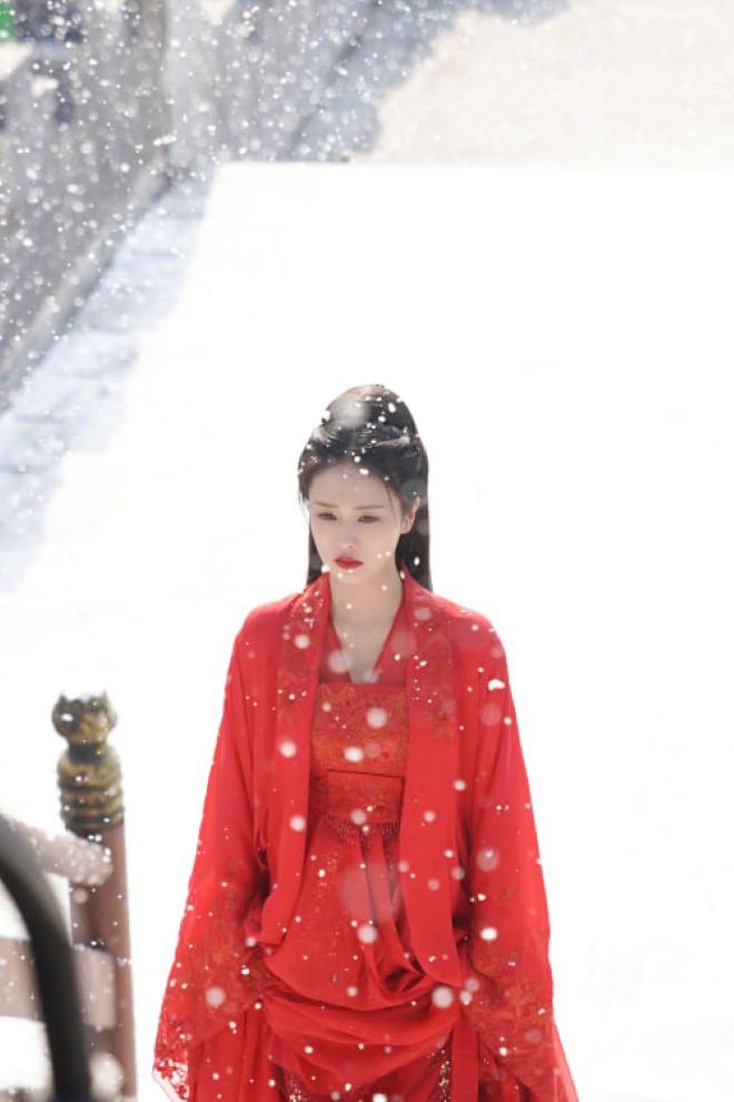 Bạch Lộc, Nhiệt Ba, Bành Tiểu Nhiễm... loạt mỹ nhân sinh ra để mặc y phục đỏ, ai nấy đều đẹp tới nao lòng - ảnh 5