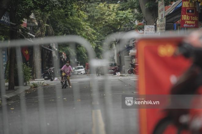 Ảnh: Ngày Quốc khánh đặc biệt giữa thời điểm Hà Nội thực hiện giãn cách xã hội - Ảnh 12.