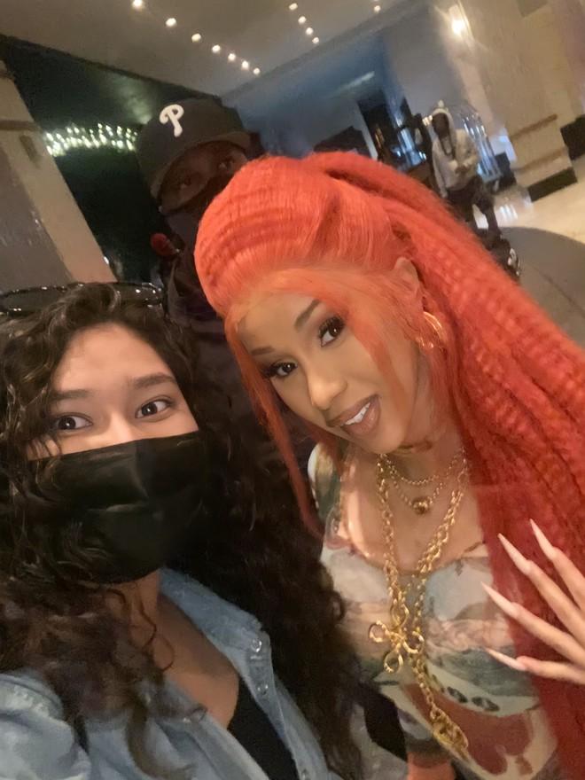 Đẳng cấp fangirl: Cô nàng Gen Z có ảnh chụp chung với cả làng sao từ Hàn đến Hollywood, kiếp trước cứu cả thế giới hay gì? - ảnh 4