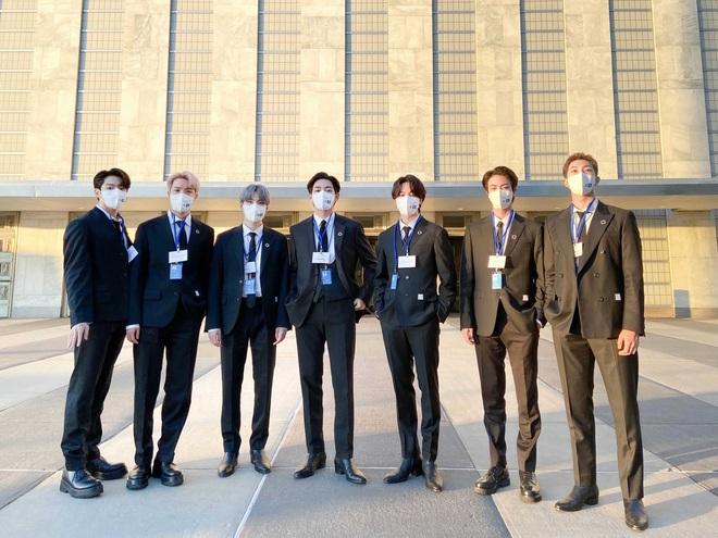 BTS diện kiến Tổng thư ký, gây bão với bài phát biểu tại Liên Hợp Quốc: Thay vì thế hệ mất mát, hãy gọi chúng tôi là thế hệ đón chào - ảnh 7