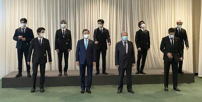 BTS diện kiến Tổng thư ký, gây bão với bài phát biểu tại Liên Hợp Quốc: Thay vì thế hệ mất mát, hãy gọi chúng tôi là thế hệ đón chào - ảnh 17