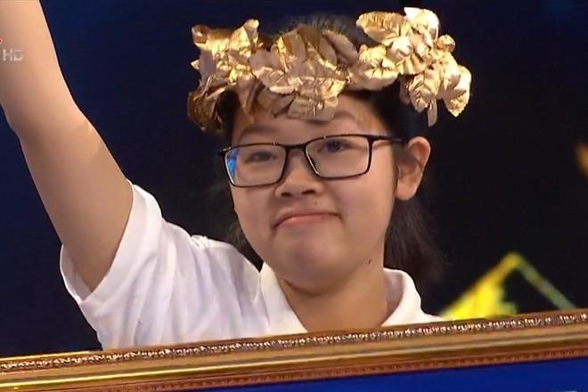 Tổng kết Olympia năm thứ 21: Chỉ có 5 thí sinh nữ giành được vòng nguyệt quế nhưng nhìn điểm số khó nam sinh nào bì được - ảnh 5