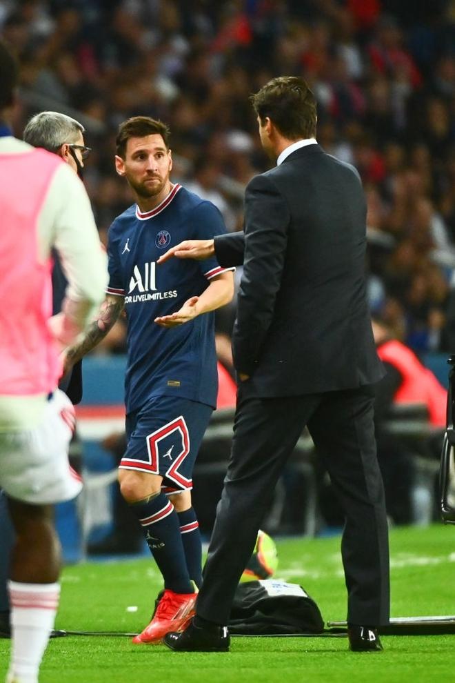 Messi dính liên hoàn phốt thái độ: Hết từ chối bắt tay với HLV rồi đến hờ hững với bàn thắng quý giá phút 90+3' của đồng đội - ảnh 2