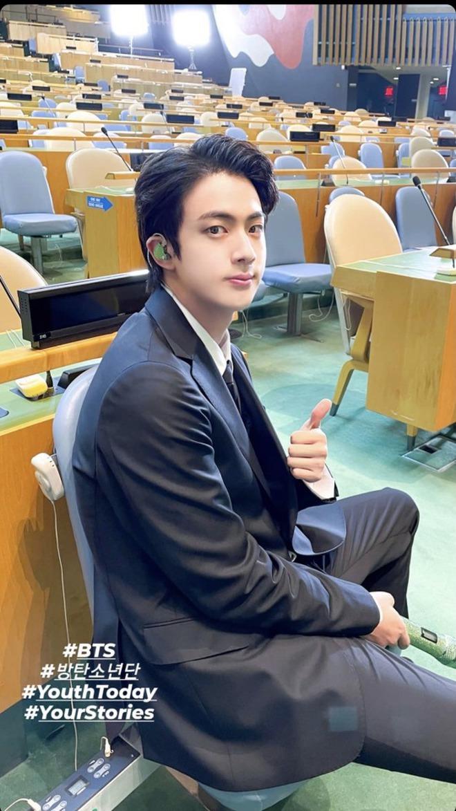BTS diện kiến Tổng thư ký, gây bão với bài phát biểu tại Liên Hợp Quốc: Thay vì thế hệ mất mát, hãy gọi chúng tôi là thế hệ đón chào - ảnh 9