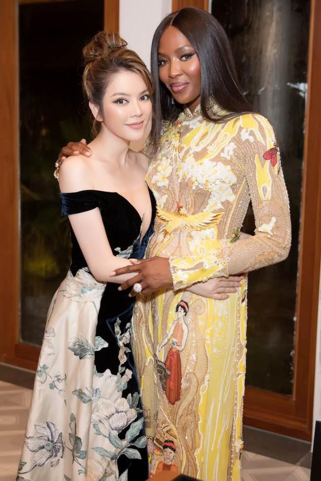 Sao ngoại mặc áo dài: Bắt vội T-ara và Angela Baby làm dâu Việt, ngoài pha mặc áo dài quên quần còn một mỹ nữ gây sốc với hành động giang hồ - ảnh 12