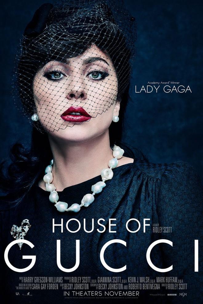 Lộ loạt ảnh mới của Lady Gaga trong vai ác nữ giết chồng nhà Gucci, vẻ đẹp lộng lẫy giống nguyên mẫu đến hú hồn! - ảnh 1