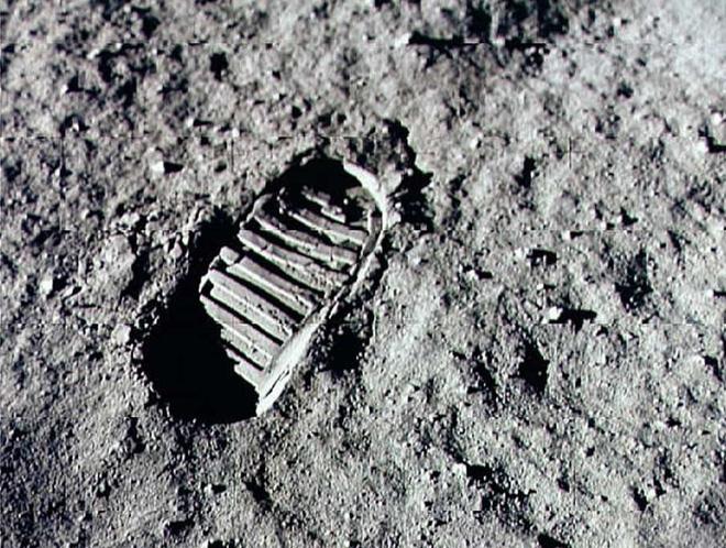 Những sự thật bất ngờ về Mặt Trăng - ảnh 1