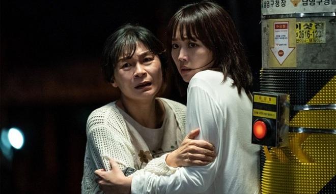 Cô gái câm bất lực, ú ớ cầu xin sát nhân biến thái tha mạng: Cảnh phim Hàn khiến 350.000 người đau tim liệu có cái kết đẹp? - ảnh 5