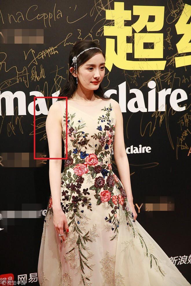Sao Hoa ngữ có 4 lỗi thời trang mãn tính nhìn chỉ muốn phong sát cho bõ tức! - ảnh 11