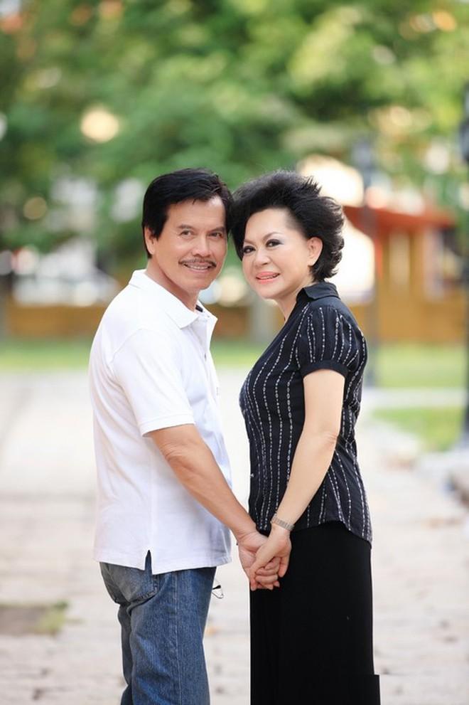 Tin buồn: Ông xã gắn kết 35 năm của danh ca Giao Linh đột ngột qua đời ở Mỹ - ảnh 4
