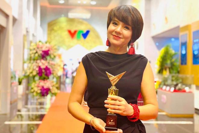 Chân dung 2 sếp nữ quyền lực ở VTV Tạ Bích Loan và Diễm Quỳnh: Con đường sự nghiệp đáng nể, kín tiếng trong đời tư - ảnh 6