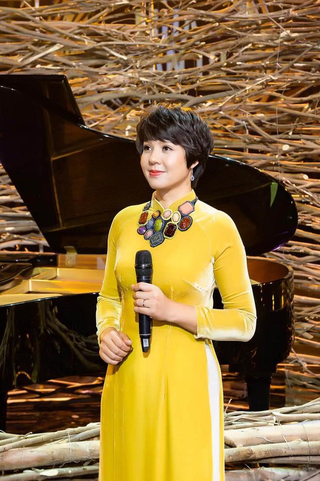 Hành trình nhan sắc 19 năm của Giám đốc VFC Diễm Quỳnh, đâu phải ngẫu nhiên mà họ gọi là Hoa khôi VTV! - ảnh 12