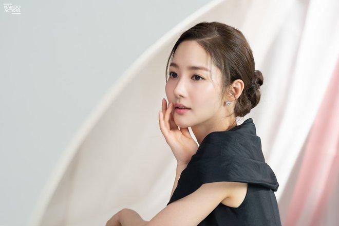 Dao kéo đến độ được gọi là thành công nhất Kbiz, nhan sắc Park Min Young giờ ra sao? Tất cả được giải đáp qua loạt ảnh này! - ảnh 9