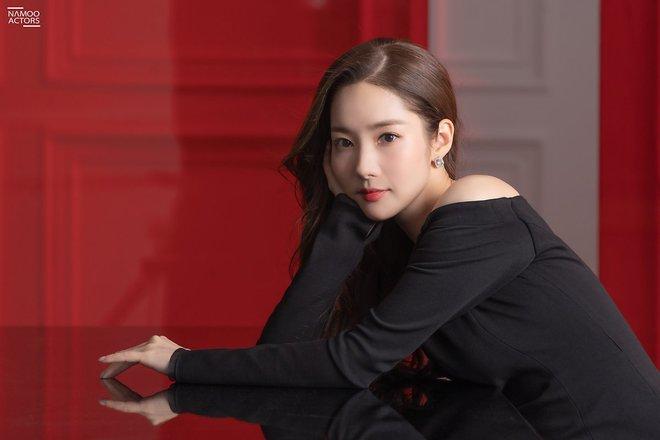 Dao kéo đến độ được gọi là thành công nhất Kbiz, nhan sắc Park Min Young giờ ra sao? Tất cả được giải đáp qua loạt ảnh này! - ảnh 16