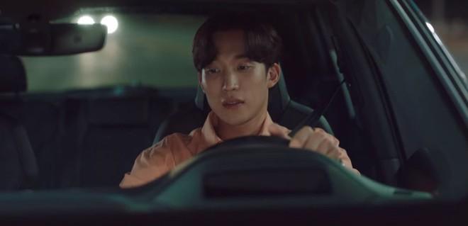 Kim Seon Ho nhận là người yêu Shin Min Ah, thành công lấy lòng bố vợ ở Hometown Cha-Cha-Cha tập 9 - ảnh 7