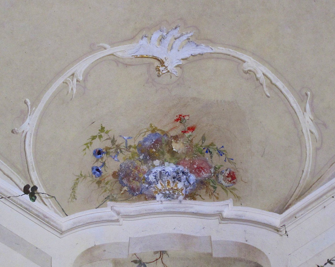 """""""Biệt phủ ma"""" giữa lòng nước Ý: Từ công trình hoành tráng bậc nhất đến địa điểm bỏ hoang sau án mạng khủng khiếp của gia chủ hoàng tộc - ảnh 7"""