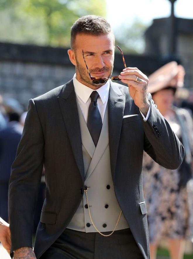 Hình ảnh trẻ măng của David Beckham bỗng bị đào lại, nhan sắc cách đây gần 30 năm thế nào mà khiến dân tình náo loạn - Ảnh 8.