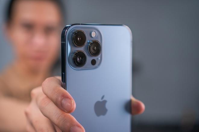 Nóng: Cận cảnh những chiếc iPhone 13 đầu tiên về Việt Nam - ảnh 14