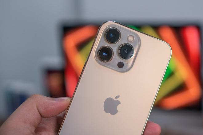 Nóng: Cận cảnh những chiếc iPhone 13 đầu tiên về Việt Nam - ảnh 13