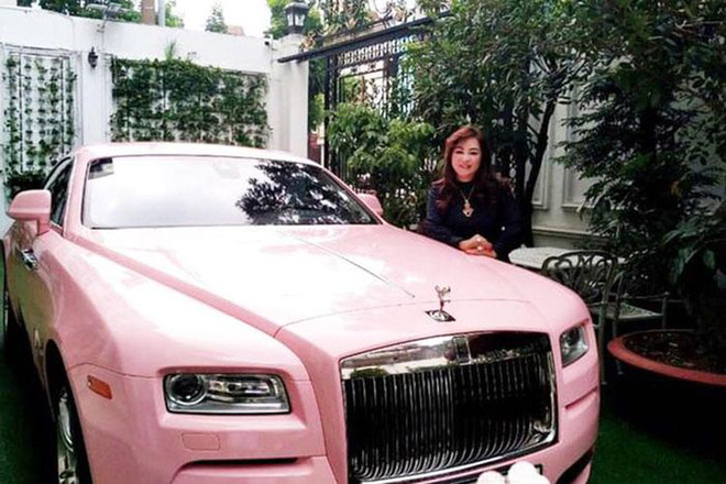 Sở hữu BST kim cương triệu đô, CEO Nguyễn Phương Hằng lái xe gì cho xứng với đẳng cấp thượng lưu? - Ảnh 4.