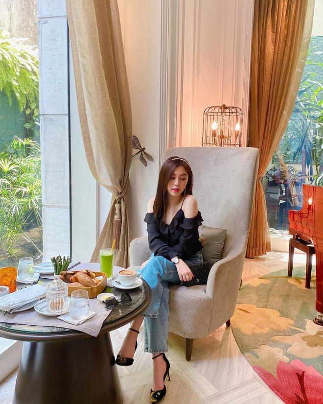 Ái nữ sinh năm 2000 trong gia tộc Sơn Kim: Thừa hưởng trọn vẹn nét đẹp của cha mẹ, thần thái sang chảnh hớp hồn - Ảnh 4.