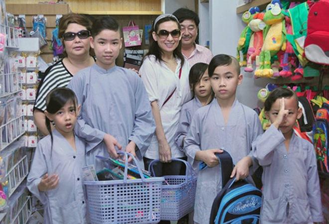 Ca sĩ Phi Nhung có tâm nguyện đặc biệt dành cho 23 con nuôi nhưng chưa thành, Xuân Lan tiết lộ tin nhắn quá đau lòng! - ảnh 6