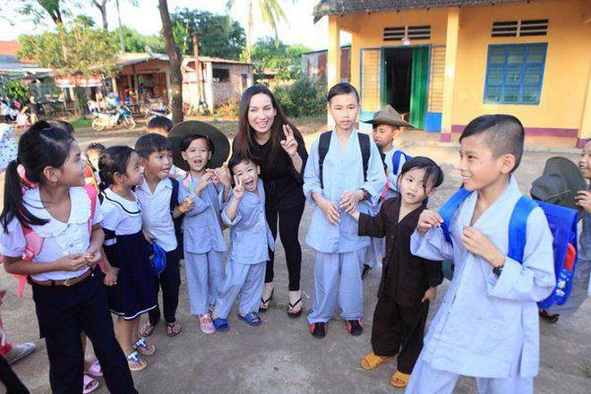 Ca sĩ Phi Nhung có tâm nguyện đặc biệt dành cho 23 con nuôi nhưng chưa thành, Xuân Lan tiết lộ tin nhắn quá đau lòng! - ảnh 4