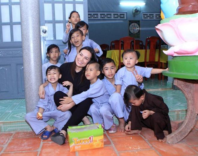 Ca sĩ Phi Nhung có tâm nguyện đặc biệt dành cho 23 con nuôi nhưng chưa thành, Xuân Lan tiết lộ tin nhắn quá đau lòng! - ảnh 7