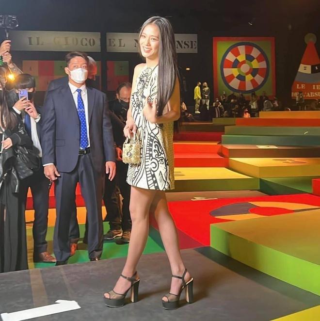 HOT: Jisoo đã có mặt tại show Dior, clip 11 giây đủ khiến người ta dừng hình - ảnh 5