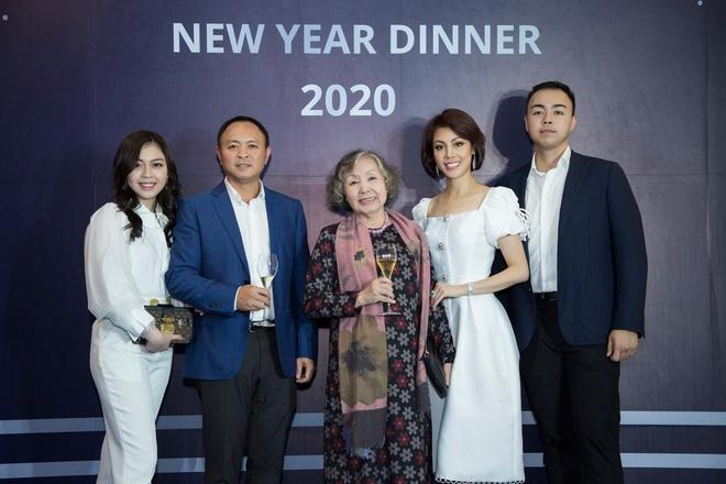 Nguyễn Hoàng Việt - cậu cả Sơn Kim Group sở hữu loạt dự án BĐS trị giá nghìn tỷ, chuỗi siêu thị GS25 và nhiều hơn thế nữa - Ảnh 2.