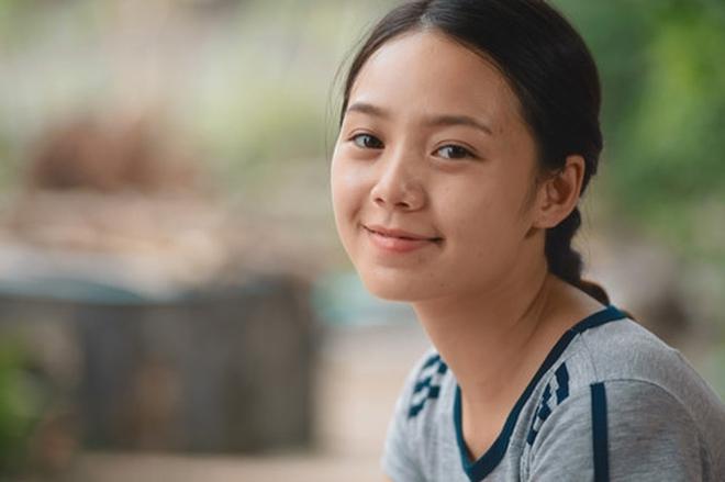 Hội mỹ nhân Việt khoe mặt mộc trên phim: Phương Oanh liệu có cửa so với Khả Ngân? - ảnh 6