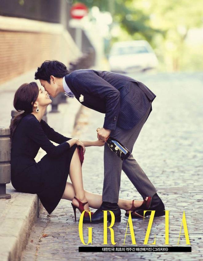 Mợ út tài phiệt Lee Bo Young và tài tử Ji Sung kỷ niệm 8 năm kết hôn, bộ ảnh cưới thế kỷ và tin đồn tiểu tam bỗng hot trở lại - ảnh 6